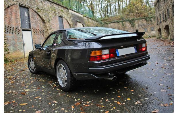 porsche 944 turbo 250cv targa voitures le de france. Black Bedroom Furniture Sets. Home Design Ideas
